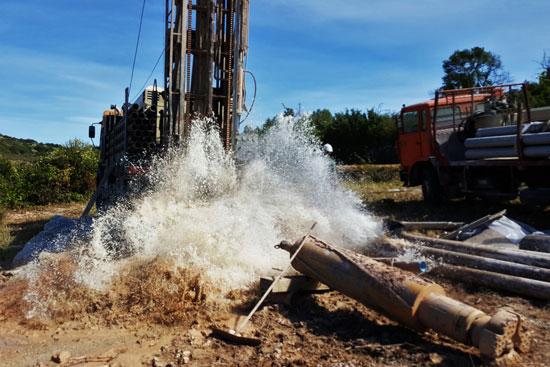 Réalisation d'un forage d'exploitation pour le SIAE de la région du Vernazobres (34)
